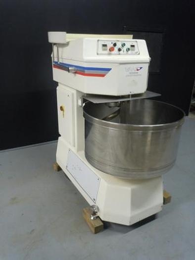 Used VMI SPI 160FE Spiral Mixer