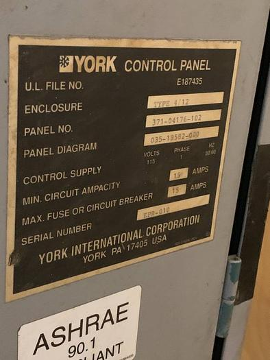 YORK Water cooled chiller 210 ton YRTATDTO-46CS