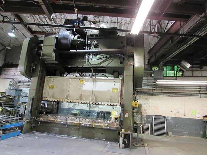 Used 600 TON BROWN BOGGS SS PRESS