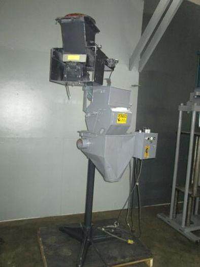 Service Engineering Inc. Parts Handling / Bag Feeding System