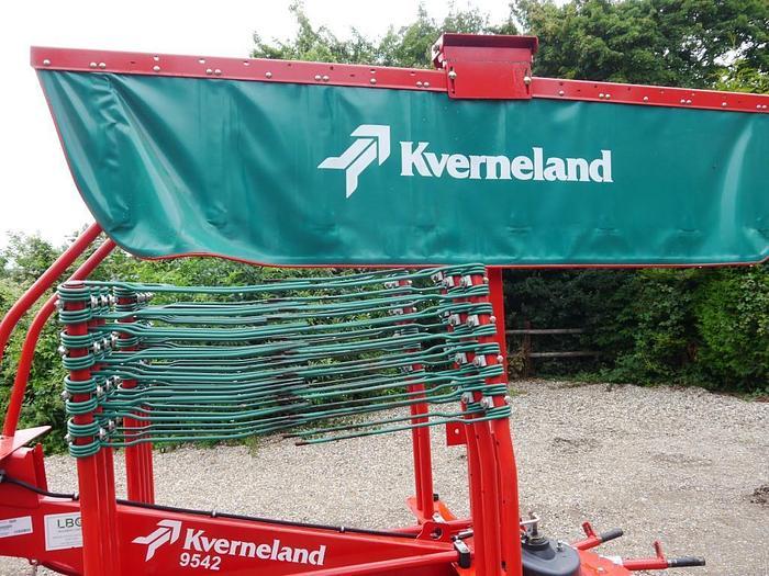Kverneland 9542 Hay Rake