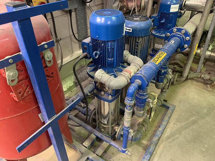 Used 2006 LOWARA SV1605F55 Vertical Multistage Pump