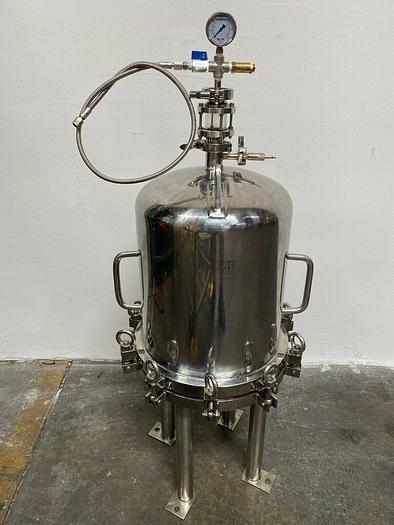 Used Scott Laboratories  Stainless Steel Lenticular Filter Housing 87 PSI @ 140 °C