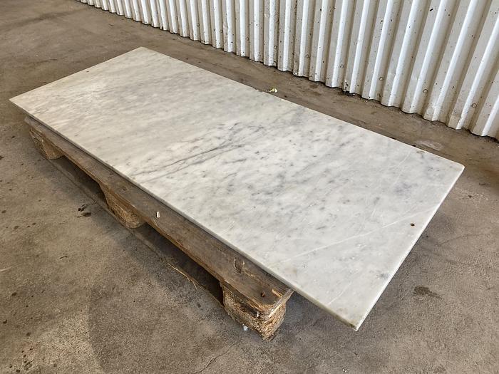 Begagnad Marmorplatta 150x64cm