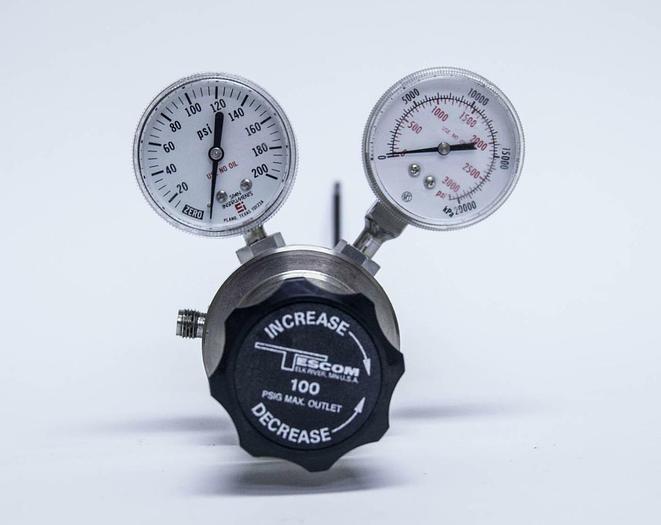 Used Tescom M42002 Gas Regulator 3000 PSIG (3769)