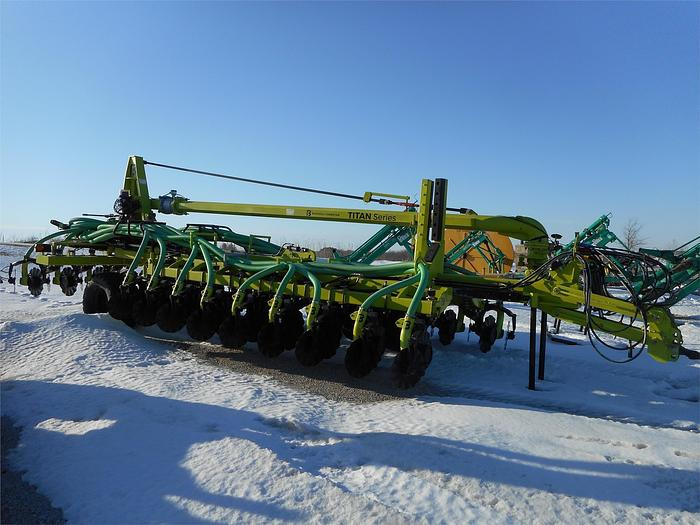 Used BAZOOKA FARMSTAR T242448CT-HD Manure Injection System