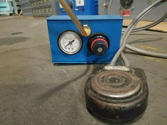 Used Omation Air Dispensing System Model 101 Glue Epoxy Dispenser