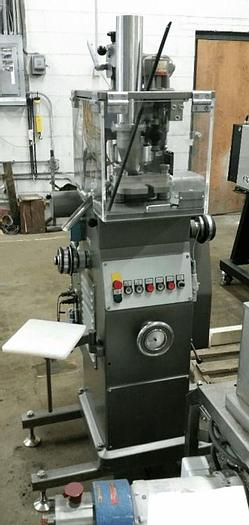 Used 6 STATION KORSCH ROTARY TABLET PRESS – 4 TON – B TOOLING