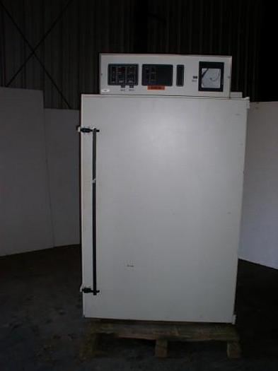 Used Lunaire Model CEO941W-3 Limited Environmental Chamber; S/N 28116-03