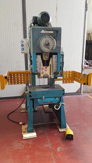 Usata Pressa IMV 40 Tonn.  meccanica a frizione pneumatica