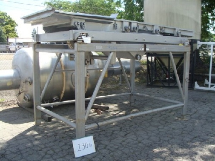 Commercial Mfg. 42'' Wide x 12' Long Dewatering Shaker #2306