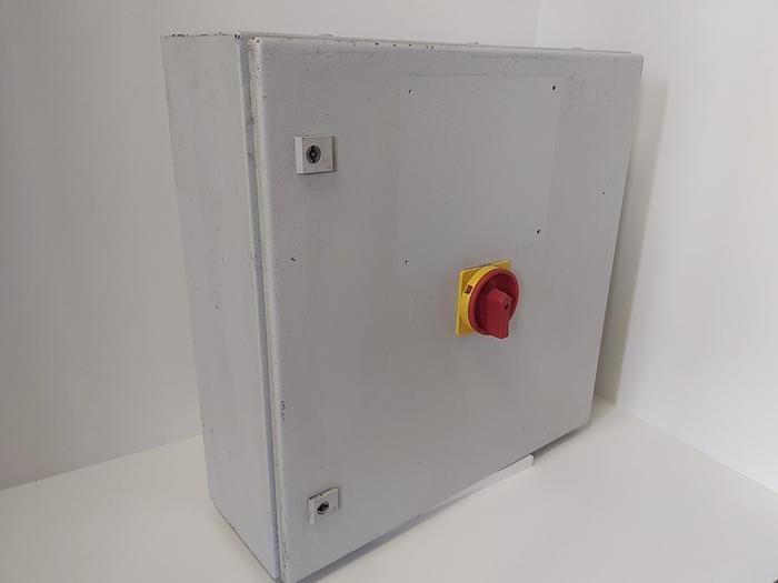 Gebraucht Steuerschrank/Verteiler für Montagevorrichtung, CPU, usw. Vipa,  gebraucht-Top