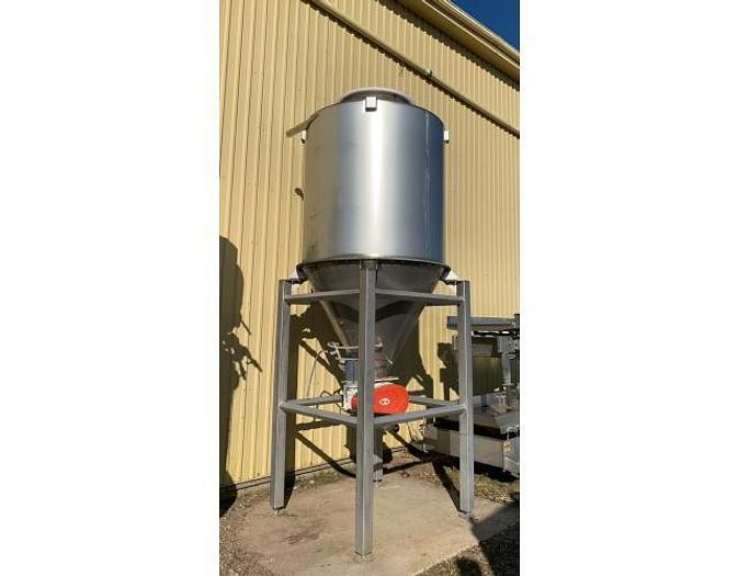 USED 700 GALLON TANK (SILO), STAINLESS STEEL, WITH ROTARY VALVE
