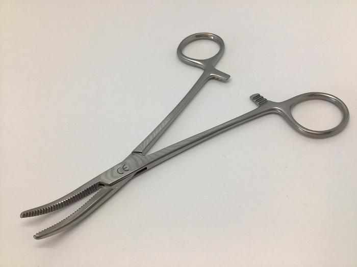 Forceps Artery Spencer Wells Curved 150mm