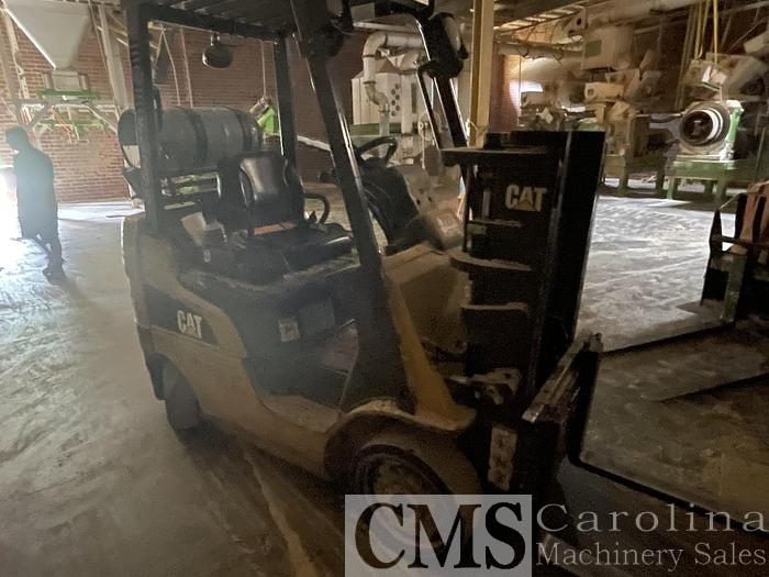 Used Caterpillar 2C4000 4,000 Lbs Forklift