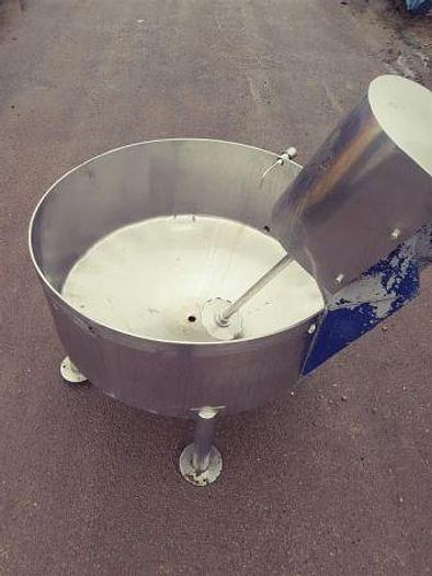 Used 500 Litre Mixing Tank with Mixer