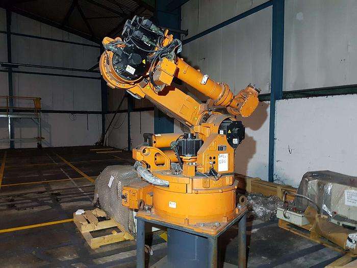 Used 2003 NACHI SH 6-Axis Robotic Arm with MX Controls