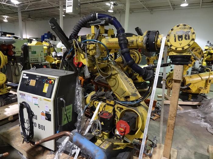 Used FANUC R2000iB/210F 6 AXIS CNC ROBOT W/R30iA CONTROLS