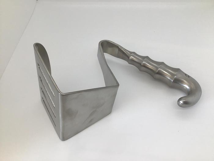Retractor Scapula Davidson Scapula 75 by 95mm Blade 195mm (7-3/4in)