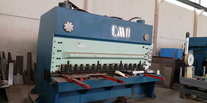Installata Cesoia a Ghigliottina Oleodinamica CMU 3000 x 24