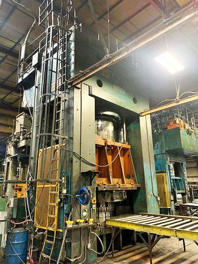 Used 5000 Ton USI Clearing Hydraulic Press