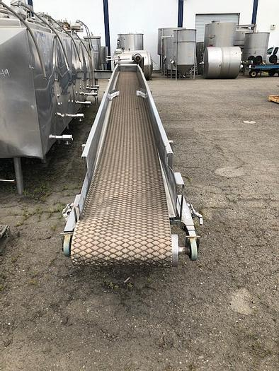 20'' Wide x 29' Long Inclined Belt Conveyor