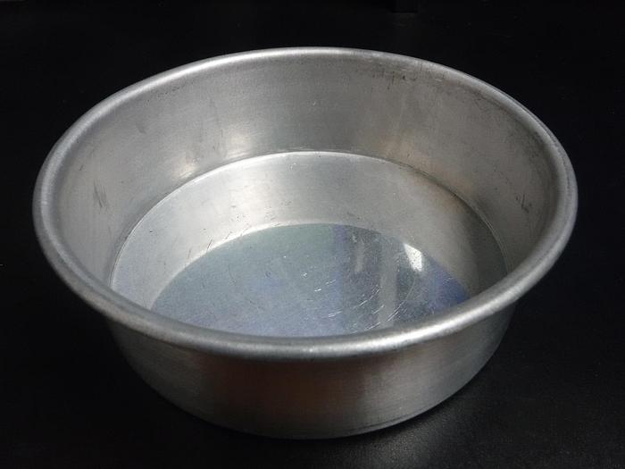 """Used USED/UNUSED MINIATURE ROUND CAKE PANS, 6-1/2 """" X 2 """"DEEP"""