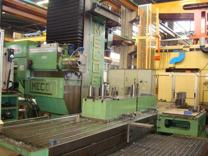 Usato FRESATRICE A BANCO FISSO MECOF CS 105 G CNC
