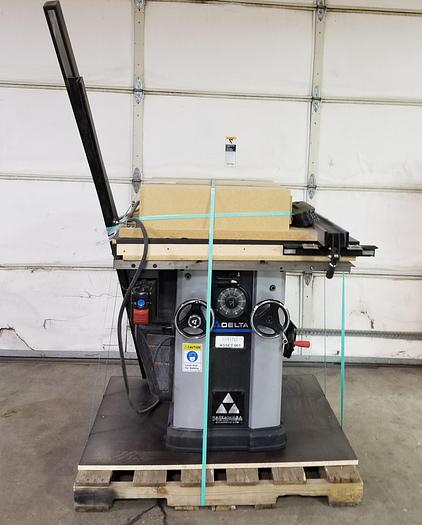 Used Delta 36-L500LVC Table Saw