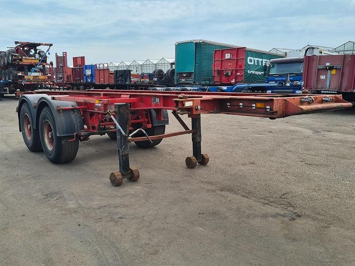 Used 1989 BURG BPO 12-18 C Container chassis 20ft / Steel suspension