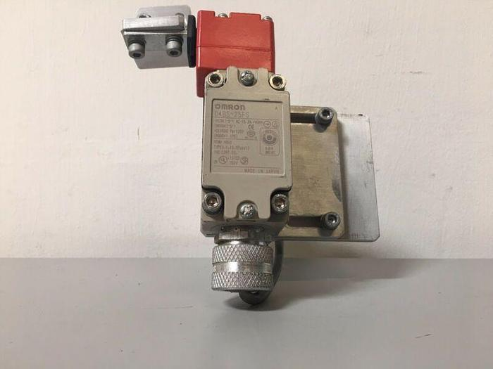 Used OMRON D4BS-25FS LIMIT SWITCH
