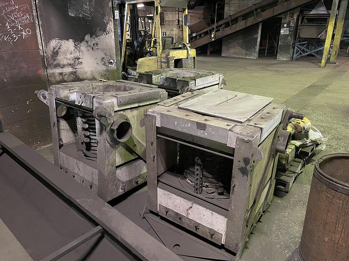 Used INDUCTOTHERM 500 LB FURNACE BOX