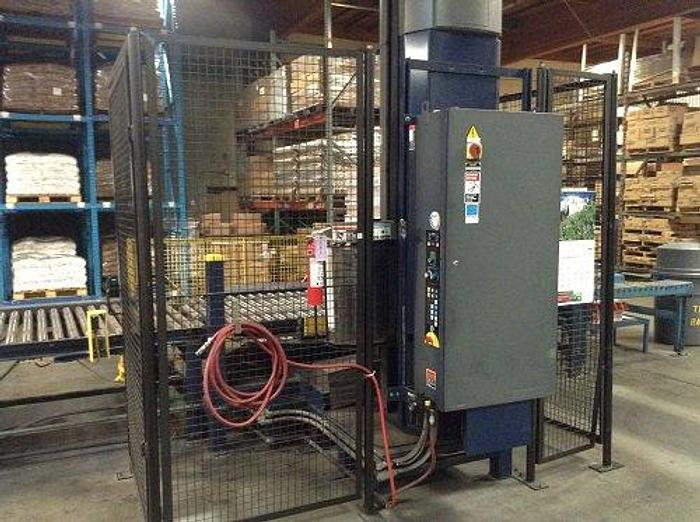 Used LANTECH Q1000 STRETCH WRAPPER
