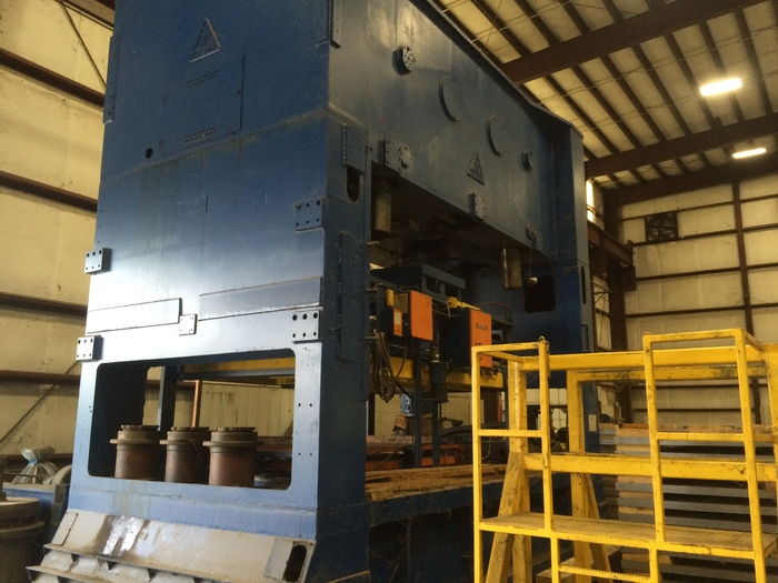 "500 ton Clearing 186""x108"" Blanking Press"