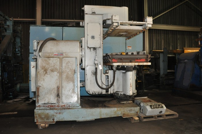 2001 BRITISH MOLDING MACHINE BT7 JOLT SQUEEZE TURNOVER
