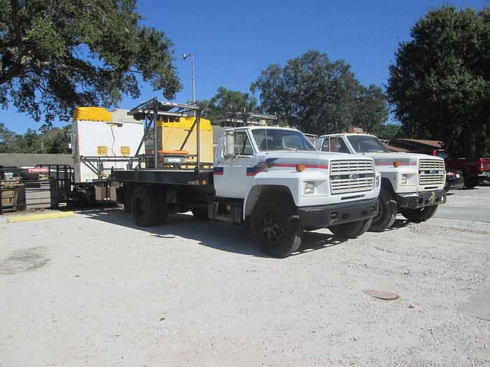 Used Ford F800 Attenuator Flat Bed Crash Truck