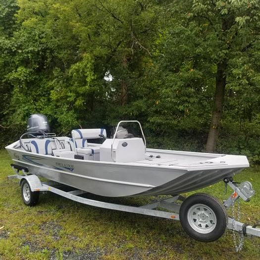 New2021G318 CCJ DLX Jet Tunnel Hull (Silver/Blue) ~ SOLD OUT