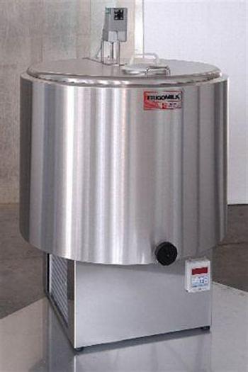 Refrigerated Milk Tank G1 200 Ltr