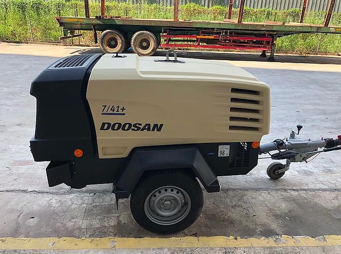 2017 DOOSAN 7/41+ Air Compressor