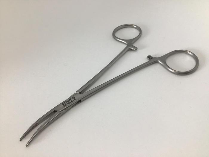 Forceps Artery Cushing Curved to Side 146mm