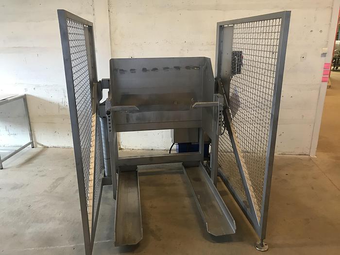 Använd Kartippare 100x120cm med ny pump