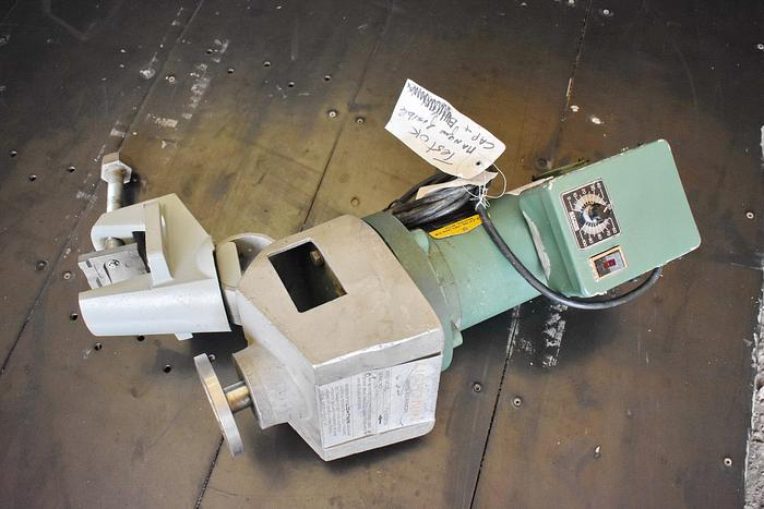 Used USED LIGHTNIN CLAMP-ON MIXER, MODEL XJ33 VM, VARIABLE SPEED