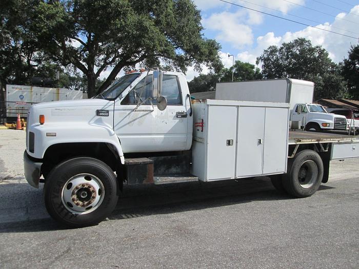 Used 2000 GMC C8500