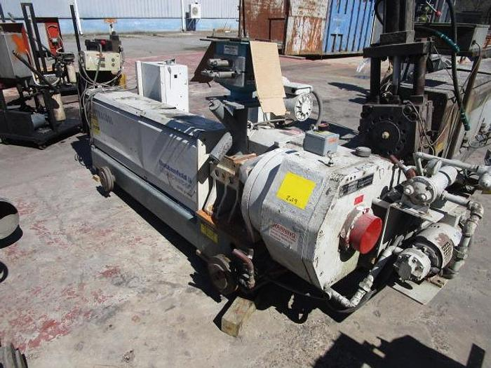 """Used 2 1/2"""" 30il L/D GEC contra cool extruder with hydraulic screen changer 75HP AC stock # 4807-003"""