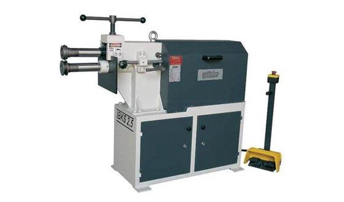 Uzma 2.5mm swaging machine