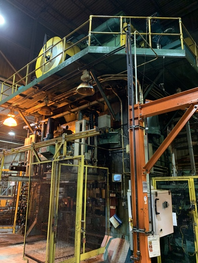 Used 2500 ton Clearing Stamping Press