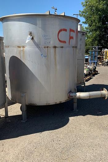 1200 Gallon Vertical Stainless Steel Tank