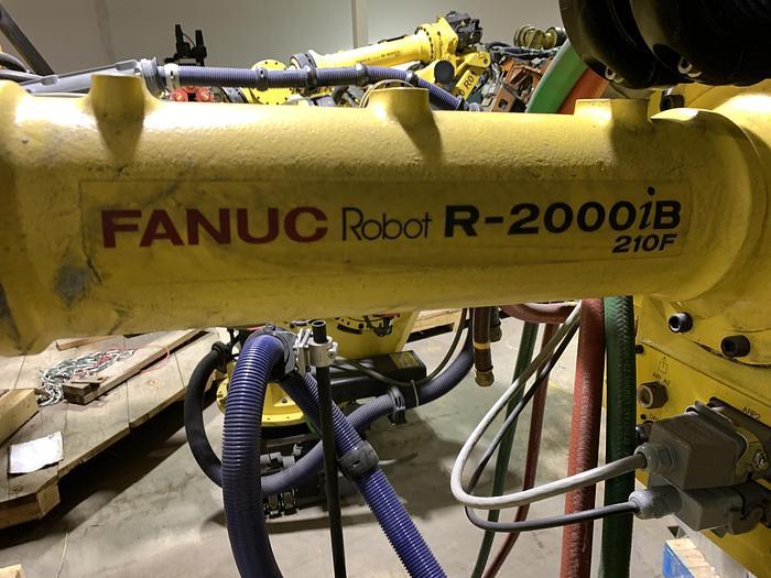 Used FANUC R2000iB/210F ALUMINUM SPOT WELDING ROBOT 6 AXIS CNC ROBOT W/R30iA CONTROLS 210KG X 2655mm REACH
