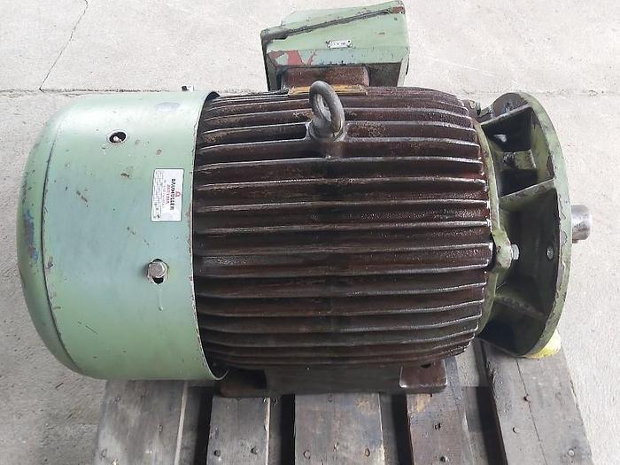 Gebraucht Elektromotor mit Flansch und Fuss, SLG 200 L6B, 22 KW, 982 rpm, Cantoni Milano,  gebraucht