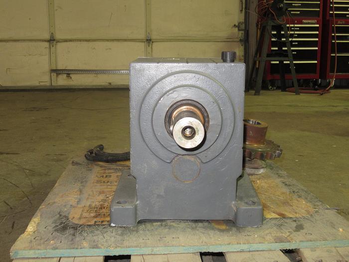Used Lenze Motor/Gear Box UDE0530